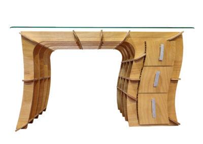 Perspective Desk by Angus Stevenson – Agusi